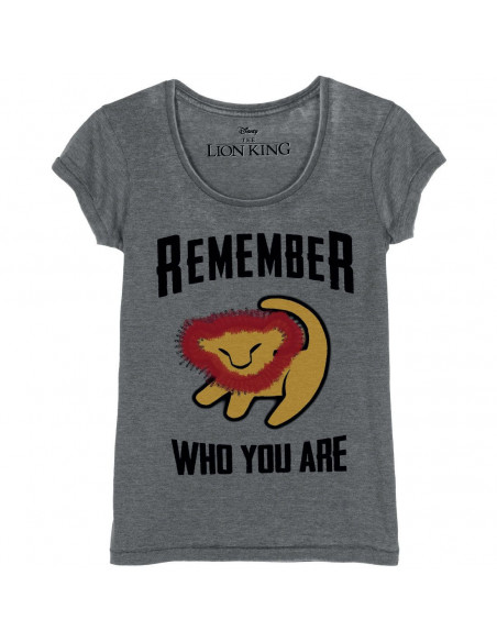 Disney The Lion's Kiing Woman's T-shirt - Remember Who You Are